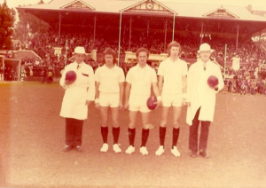 1975 Glenorchy v North Launceston umpires